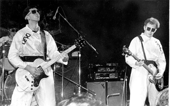 DEVO in concert 1978. © Malcolm Riviera, Creative Commons license.